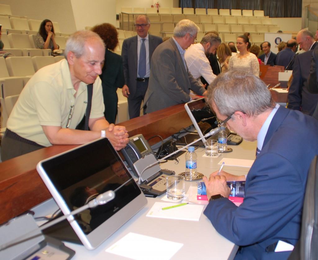 Firma libros Carlos Fuente